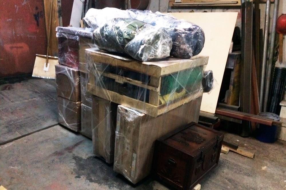 Так выглядит запакованный багаж команды «Империя начинается туть» дляпередачи транспортной компании