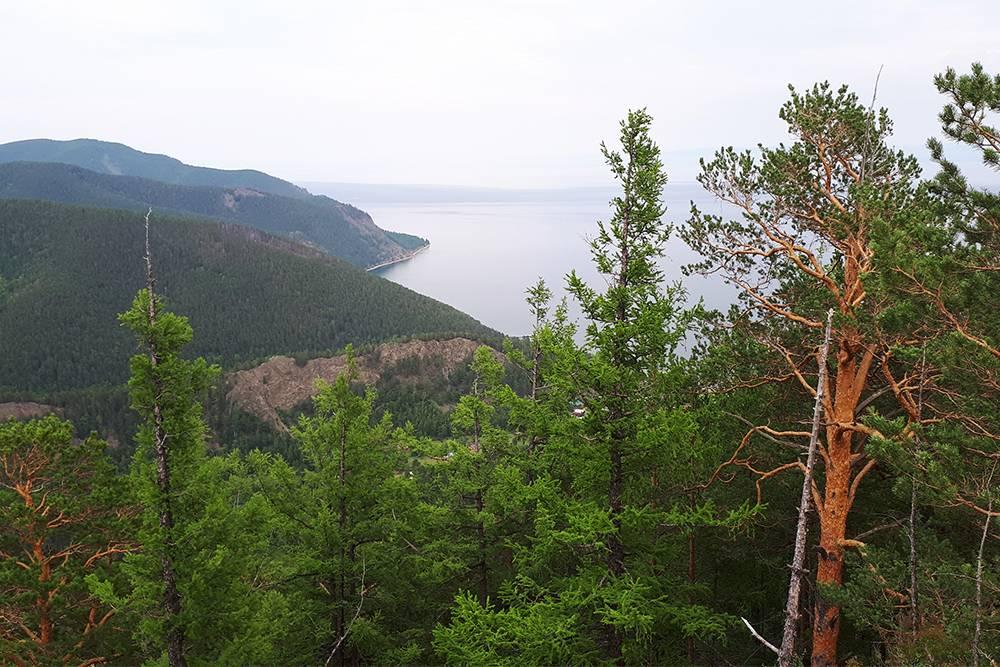 С Лысой горы видно Байкал