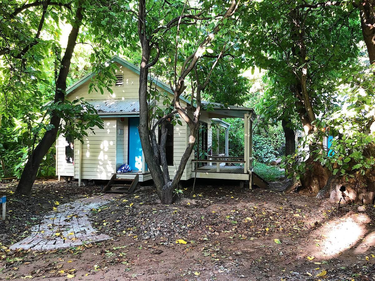 Самый дешевый номер в отеле «Херон-айленд»: в центре острова, с видом на лес, стоимость в сутки 342$