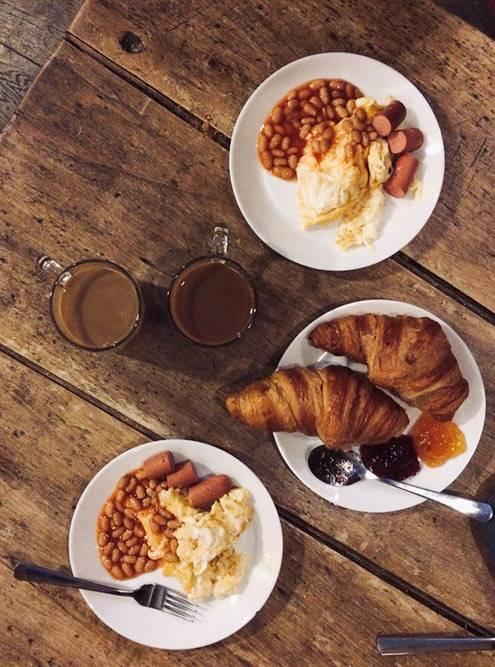 ВБрюсселе завтрак был включен встоимость проживания