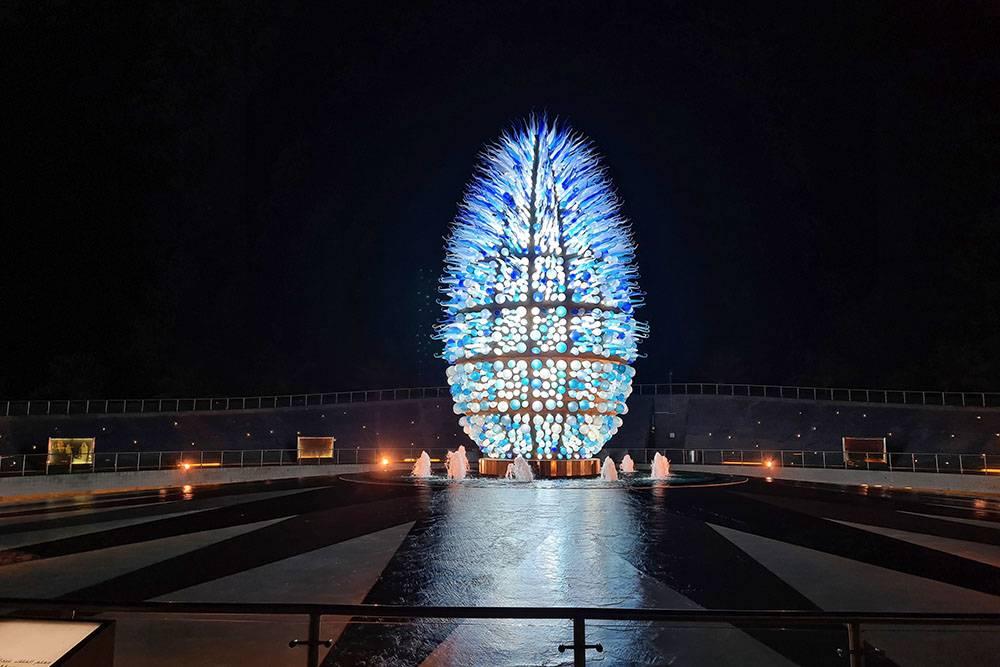 Монумент в честь предыдущего короля Саудовской Аравии и по совместительству основателя университета
