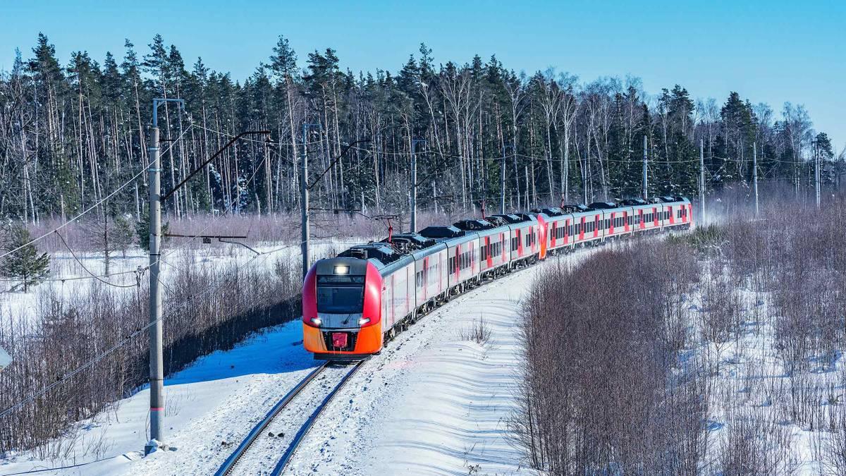Россия восстанавливает железнодорожное сообщение с Беларусью