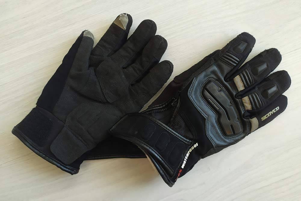 Моим влагозащитным перчаткам уже 4 года. Я покупал их на «Алиэкспрессе»