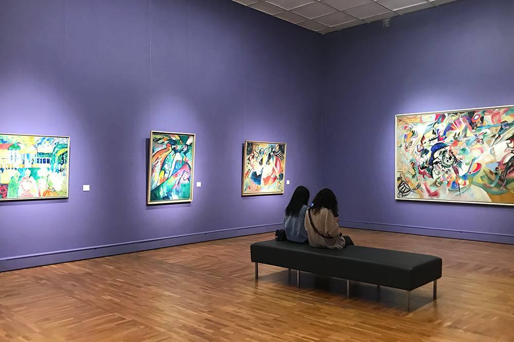 Зал с работами Василия Кандинского в Новой Третьяковке