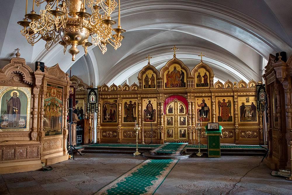 Это нижний храм Спасо-Преображенского собора. Источник: tourism.karelia.ru