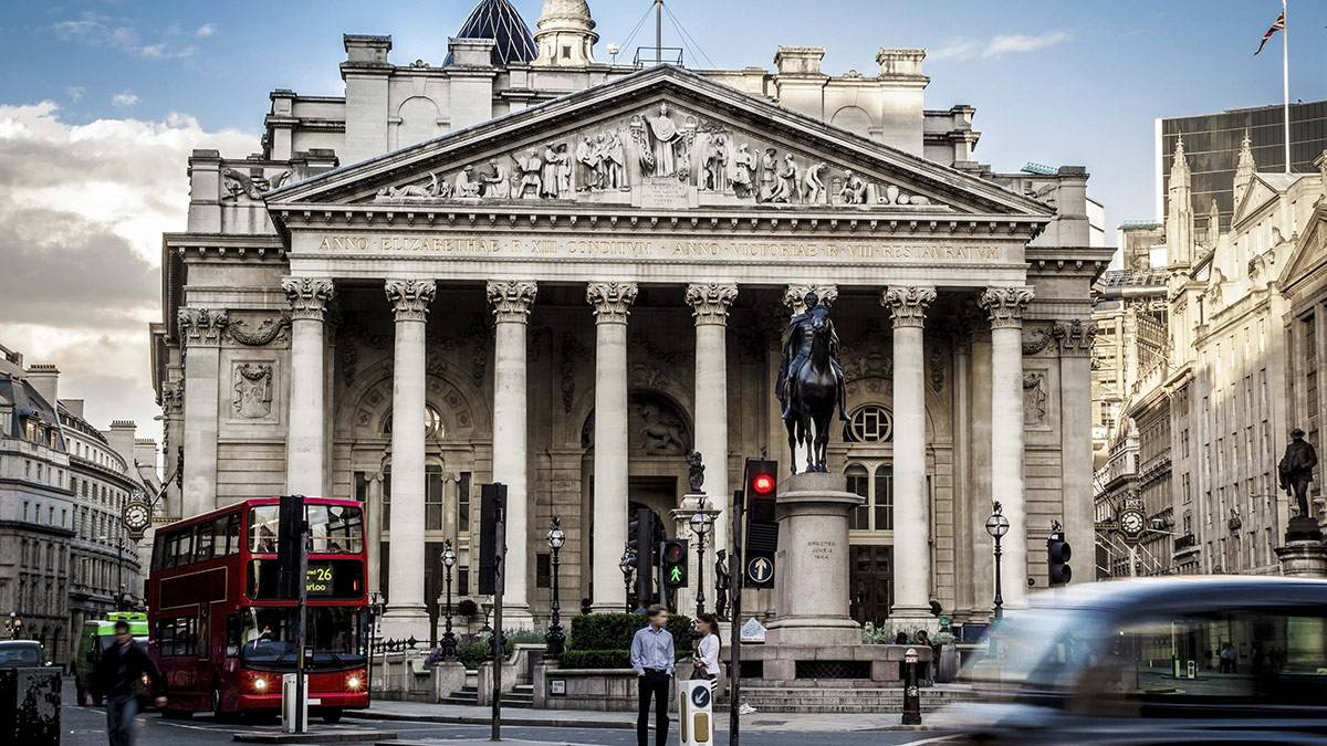 Что делают банки
