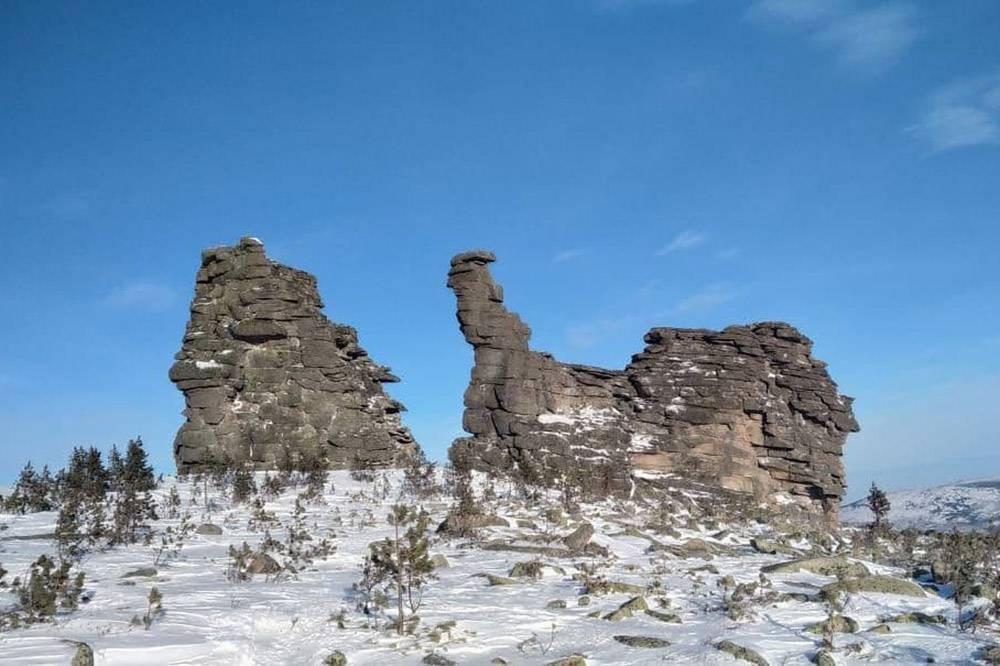 Некоторым скалам дали имена, эту назвали Улиткой
