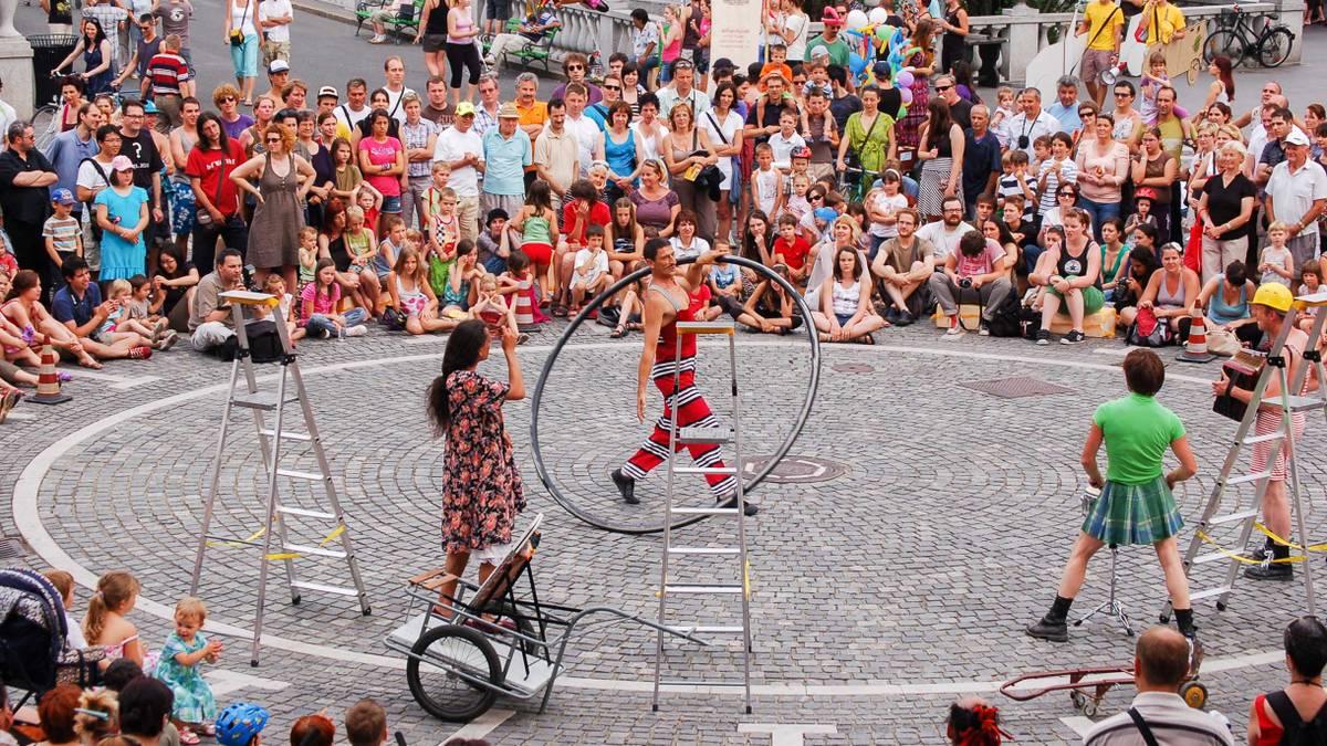 Как поехать волонтером на цирковой фестиваль в Словению