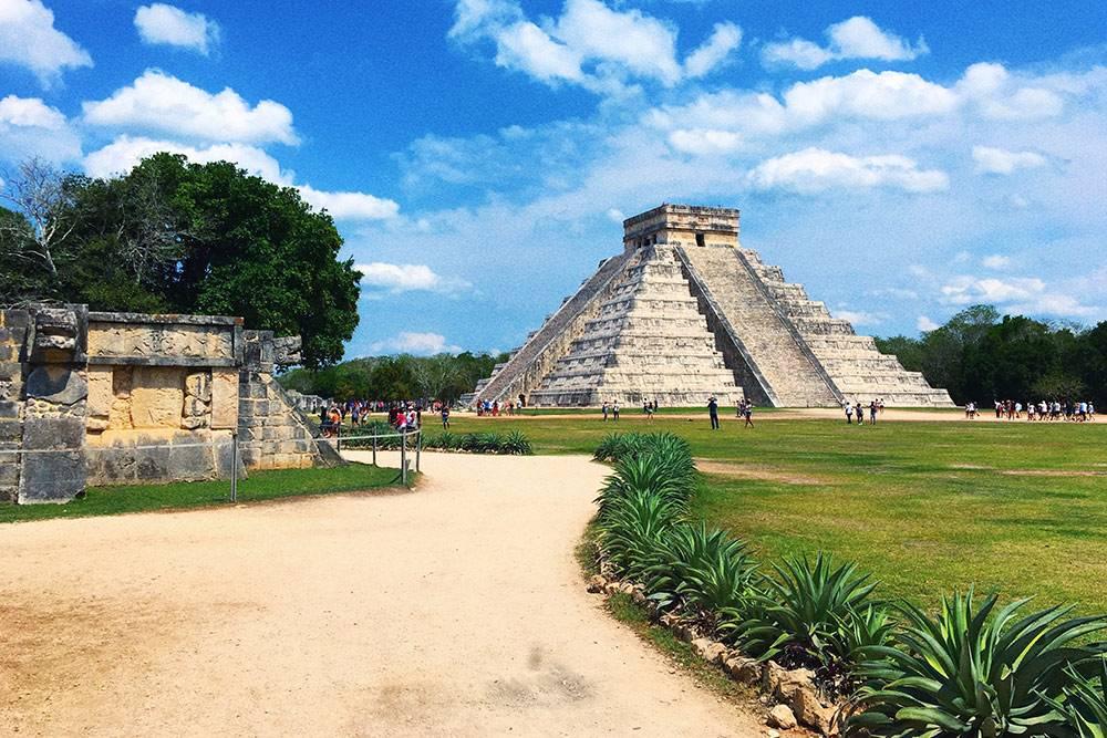 Пирамиды Чичен-Ица далеко от Сан-Кристобаля, но при желании до них тоже можно доехать