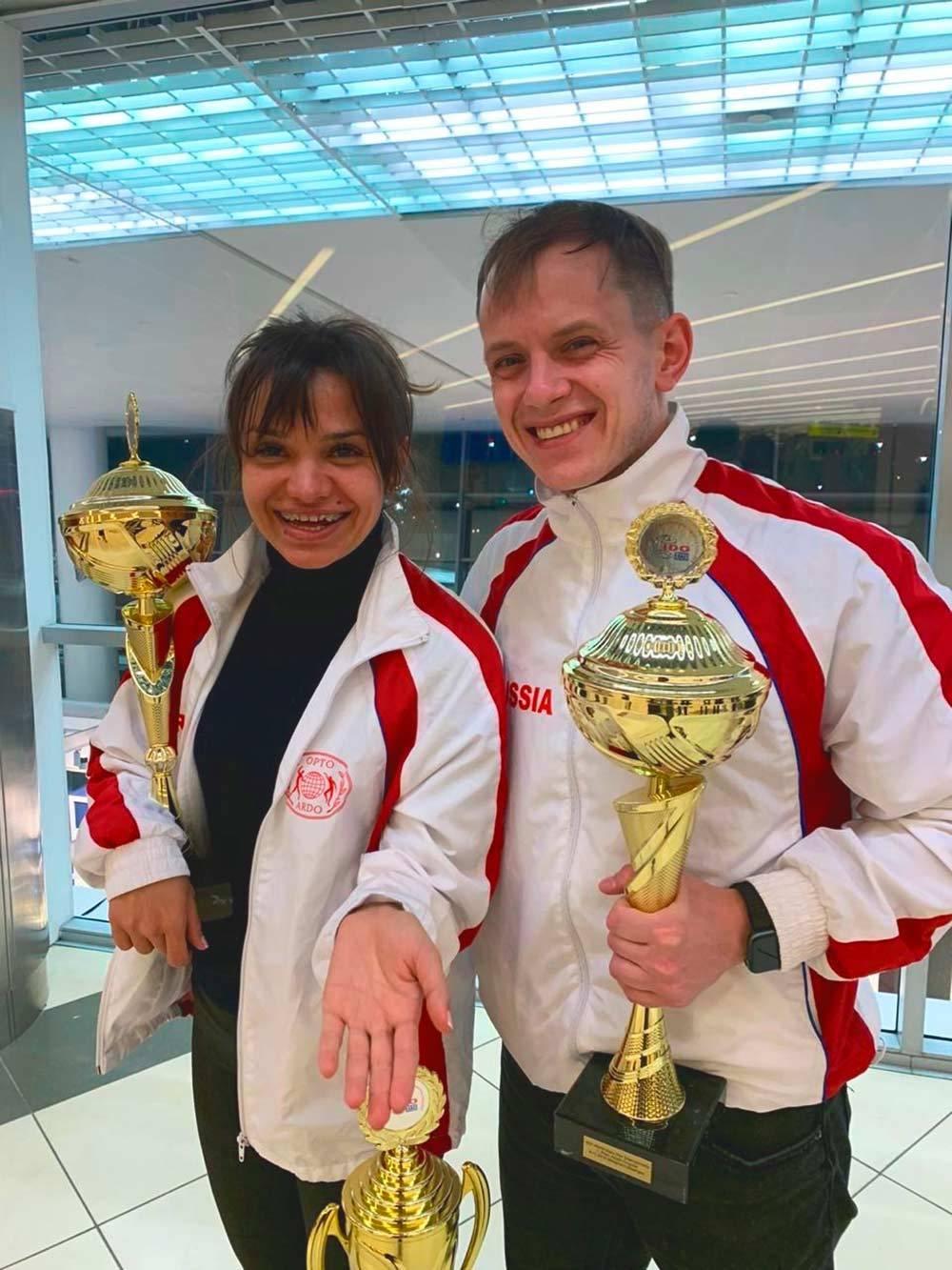 Двукратные чемпионы мира по дискофоксу Максим Истомин и Регина Цокур