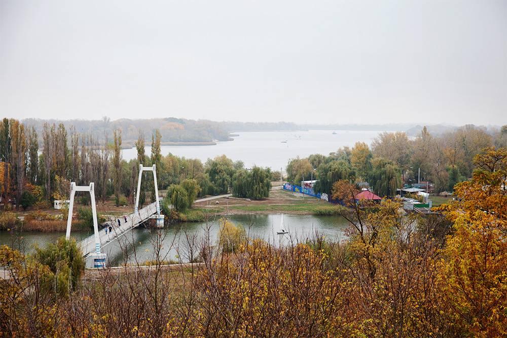 Вид с бесплатной смотровой площадки Азова