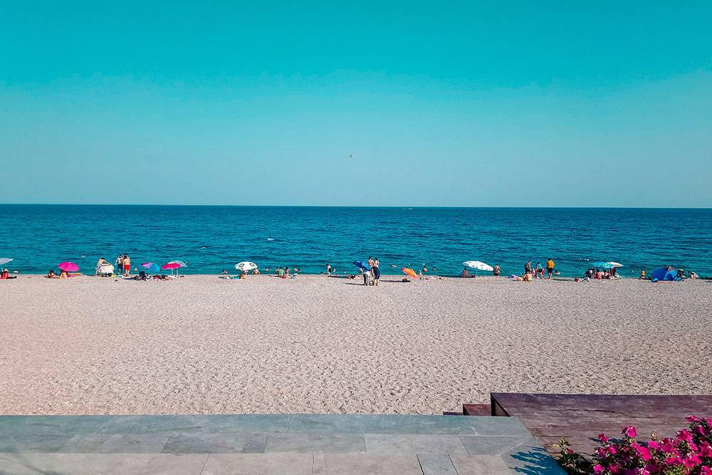 Сейчас я живу в десяти минутах от этого пляжа. Источник: Furkanart / Shutterstock
