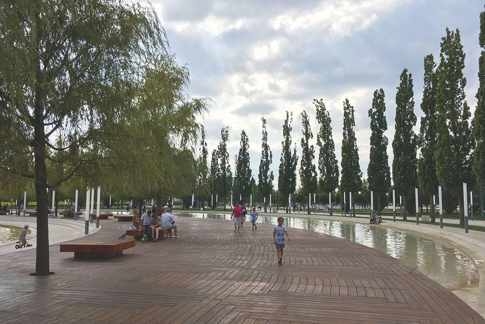 Официальное название парка «Краснодар» в народе мало используется. Говорите таксистам, что вам в парк Галицкого