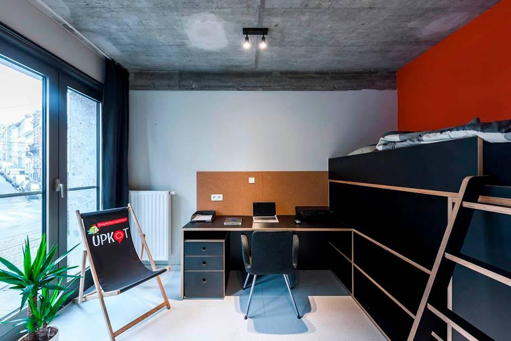 Вот в такой комнате жил мой муж. Источник: сайт сети общежитий Upkot