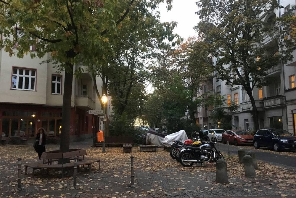 Так выглядит улица в районе Моабит, где я жила
