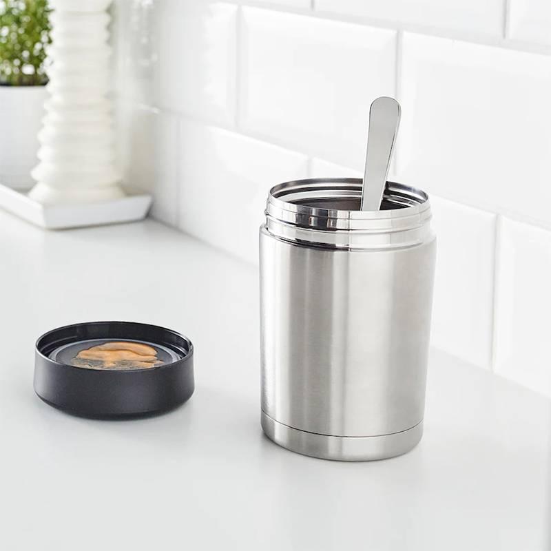 Этот порционный термос из «Икеи» хорошо держит тепло и холод. Источник:ikea.com