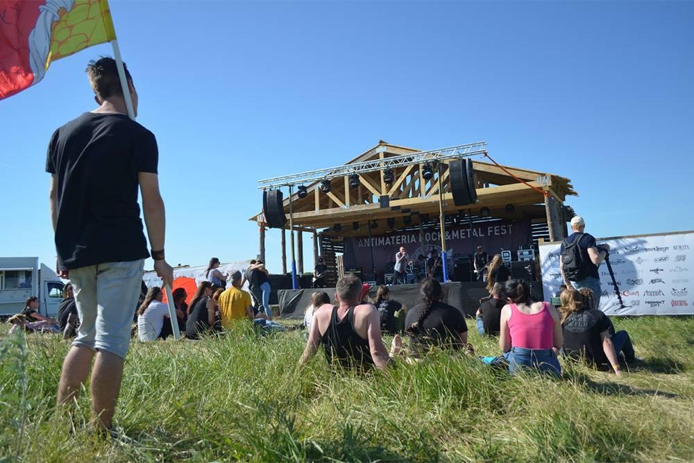 В «Аргамаче» круглый год проводят фестивали и праздники: Новый год, Масленицу, рок-фестиваль под открытым небом «Середина лета». Афишу публикуют на сайте. Источник: сайт парка