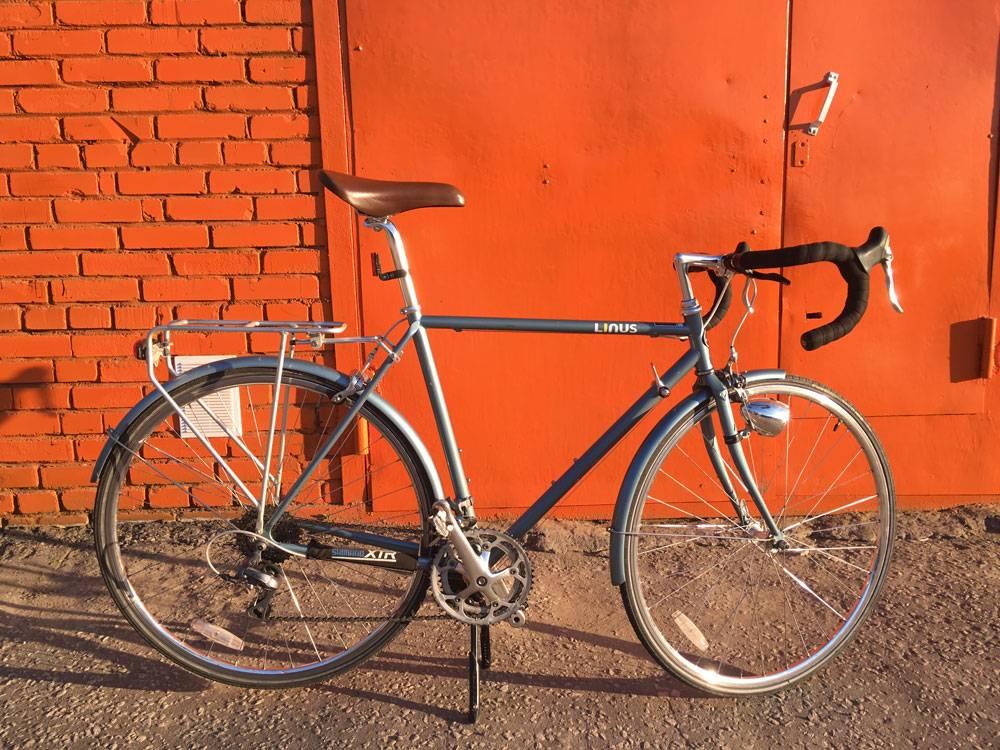 Шоссейный велосипед предназначен только для ровных дорог