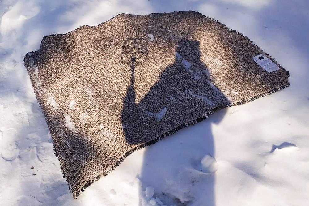 Хорошо, что успели выбить ковер, пока не сошел снег