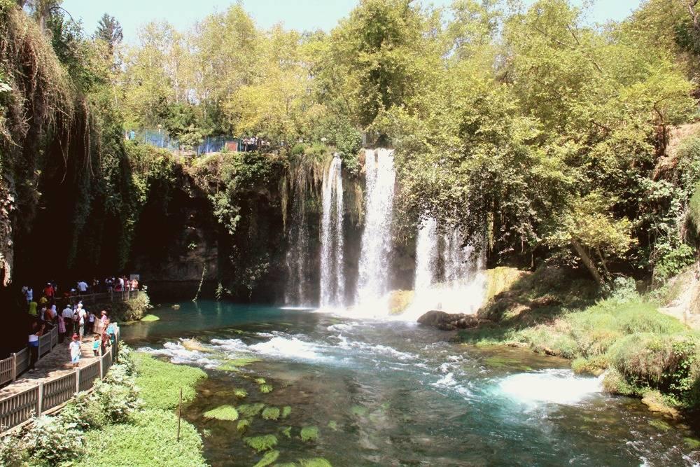 В природном парке Верхний Дюден можно отдохнуть от изнуряющей турецкой жары