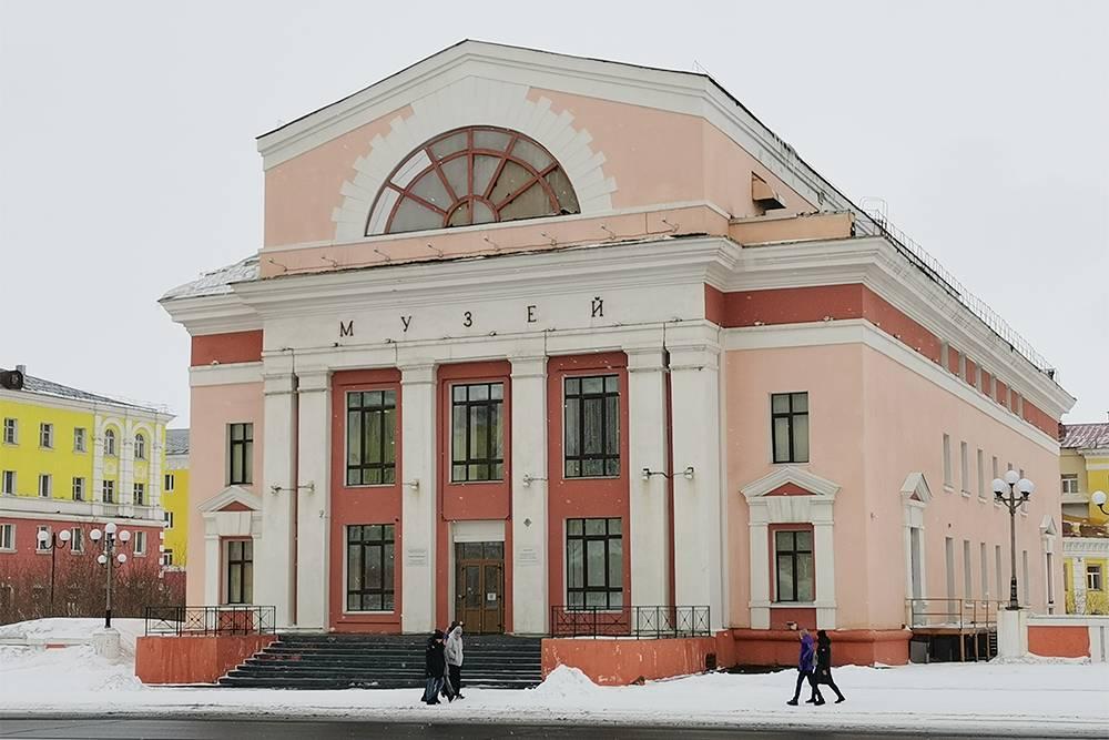 В состав музея также входит Талнахский филиал, Кайерканский выставочный зал, Норильская художественная галерея и экспонат «Первый дом Норильска»