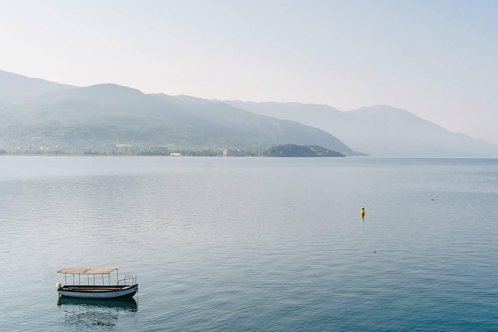 Галичицу видно с побережья Охридского озера