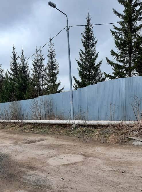 И забор по периметру колонии