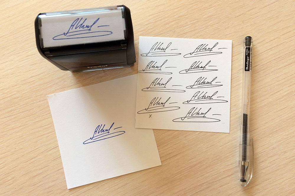 Печать с факсимильной подписью. Источник: блог «Смоленских печатников»
