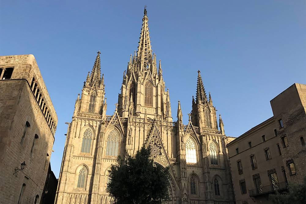 Собор в Готическом квартале Барселоны