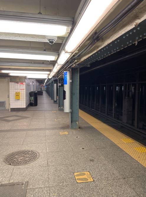 Так выглядит метро в будний день
