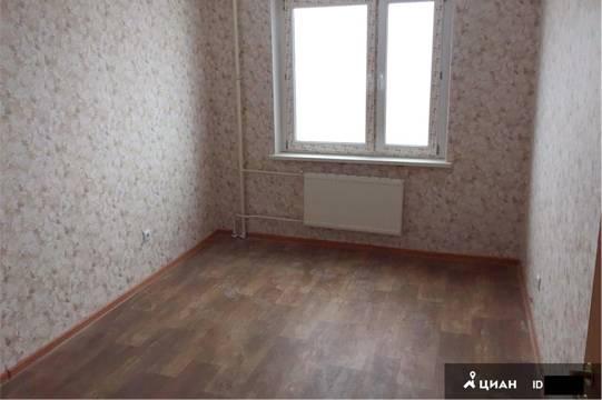 По фотографиям пустых комнат сложно оценить габариты квартиры