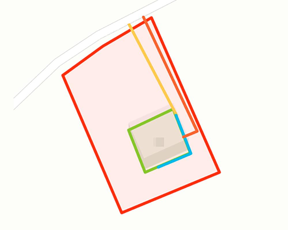 Мой ситуационный план. Рисовать лучше на компьютере. Красная линия — границы участка, зеленая — капитальные строения, например дом, баня или гараж, оранжевая — существующие и проектируемые коммуникации, желтая — газопровод подземлей, а синяя — по цоколю дома