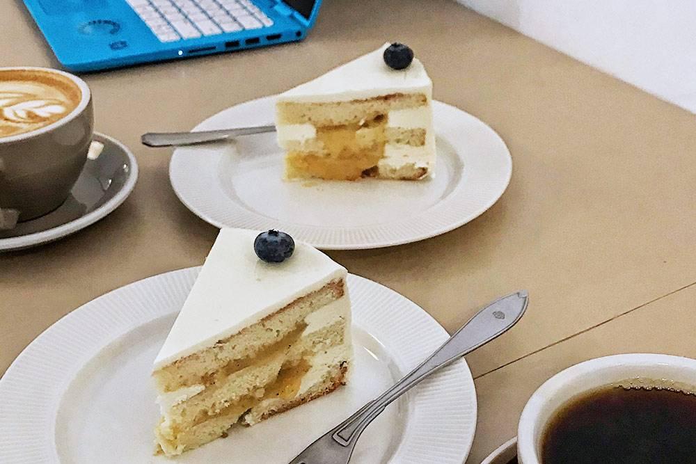Вот такой вкусный десерт мыедим