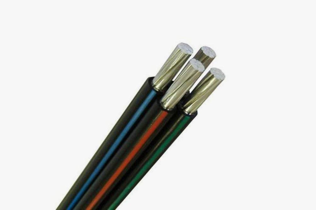 Вводной СИП-кабель счетырьмя жилами: трифазы иноль. Источник: магазин «ПЭК-24»
