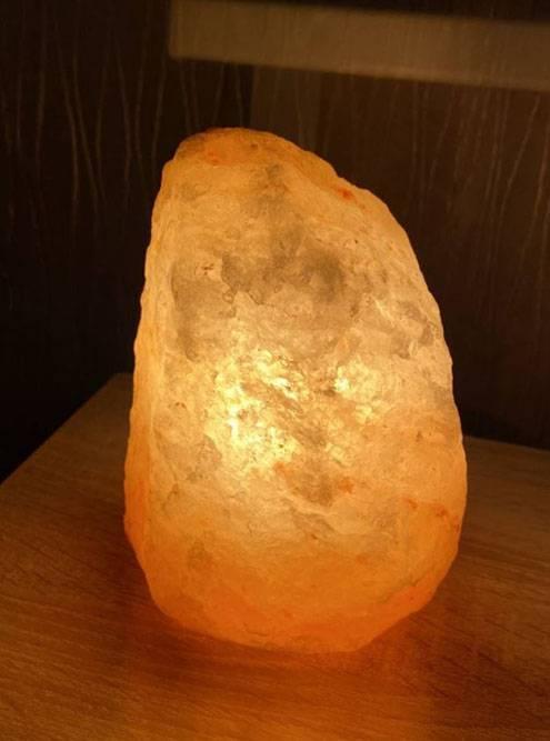 Камень можно еще использовать как декоративный элемент дляфото
