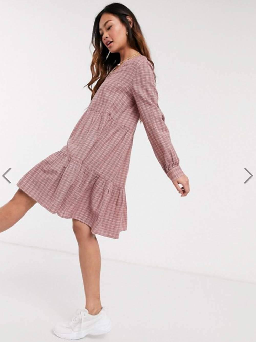 Вот такое платье я заказала. Люблю бесформенные клетчатые вещи