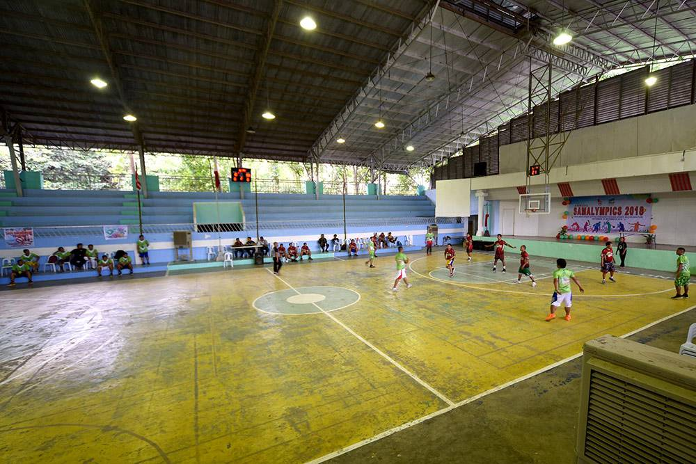 Самый популярный вид спорта — баскетбол