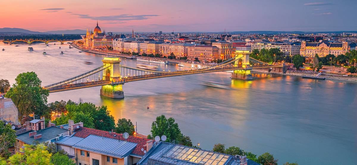 Венгрия открыла границы длятуристов из России