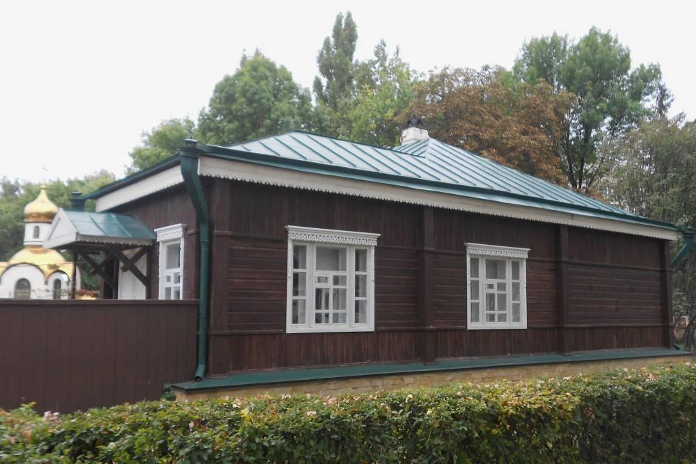 Дом принадлежал отцу Георгия Плеханова. Сам марксист приезжал сюда на летние каникулы во время учебы в Михайловском Воронежском кадетском корпусе