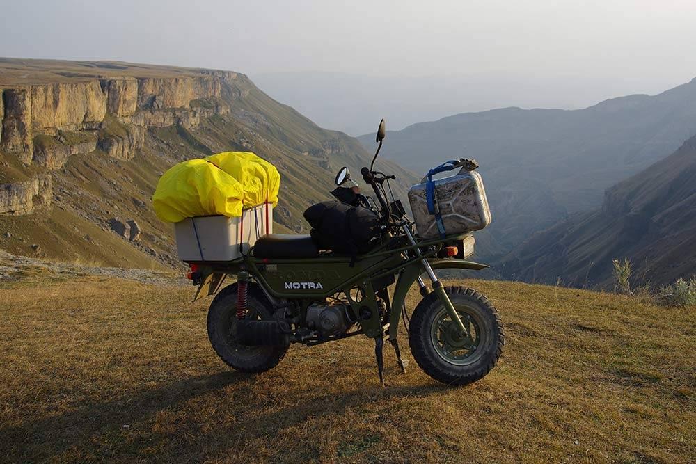 Хунзахское плато и Honda Motra, на котором я ездил по Дагестану