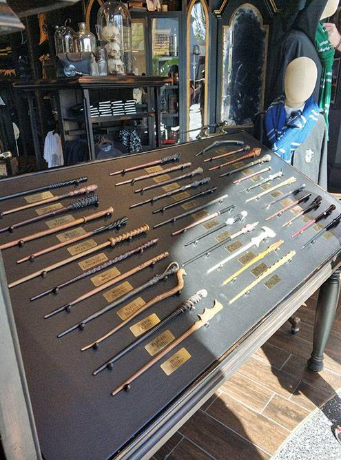 В «Юниверсал» можно купить сову Буклю и волшебную палочку