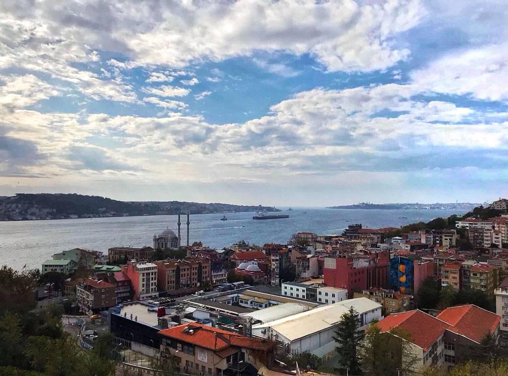 Вид на город с моста через Босфор