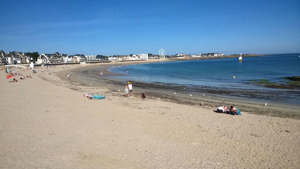 Пляж в городке Киброн в Бретани. Это три часа на машине от Френе-сюр-Сарта