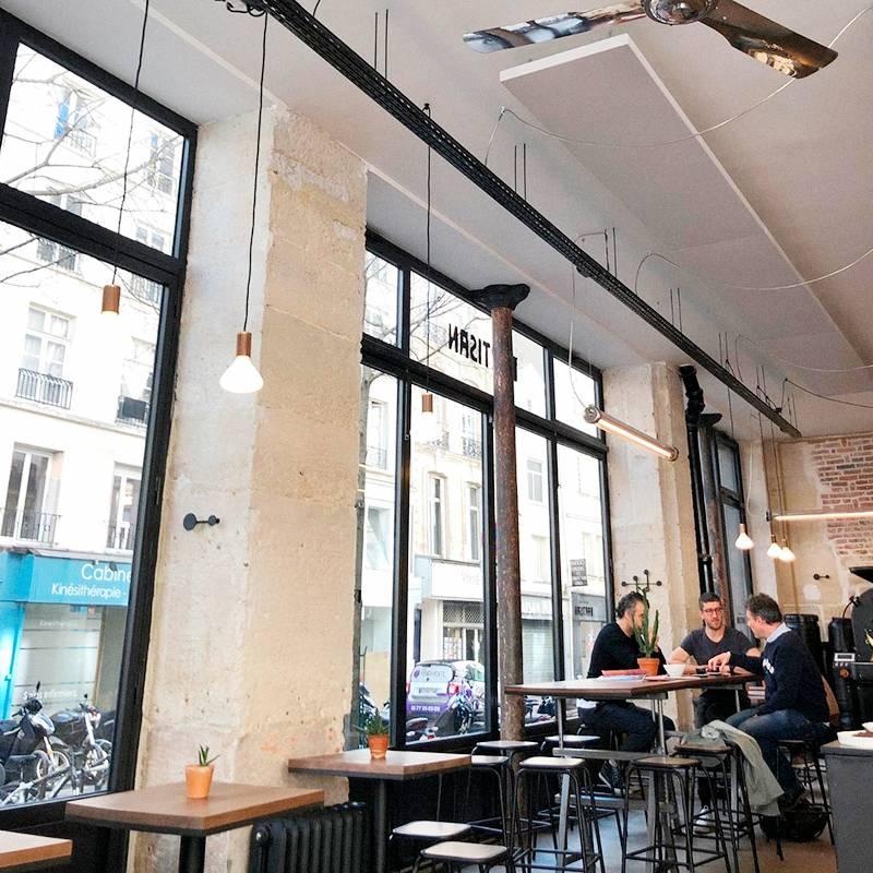 Partisan café artisanal. Здесь светло, много работающих иностранцев и вкусный кофе
