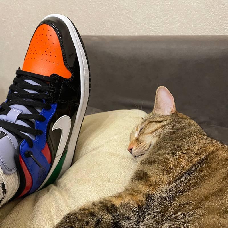 Я искал эти кроссовки двесотнилет