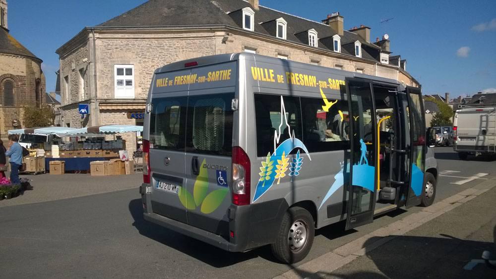 Бесплатный автобус во Френе-сюр-Сарте