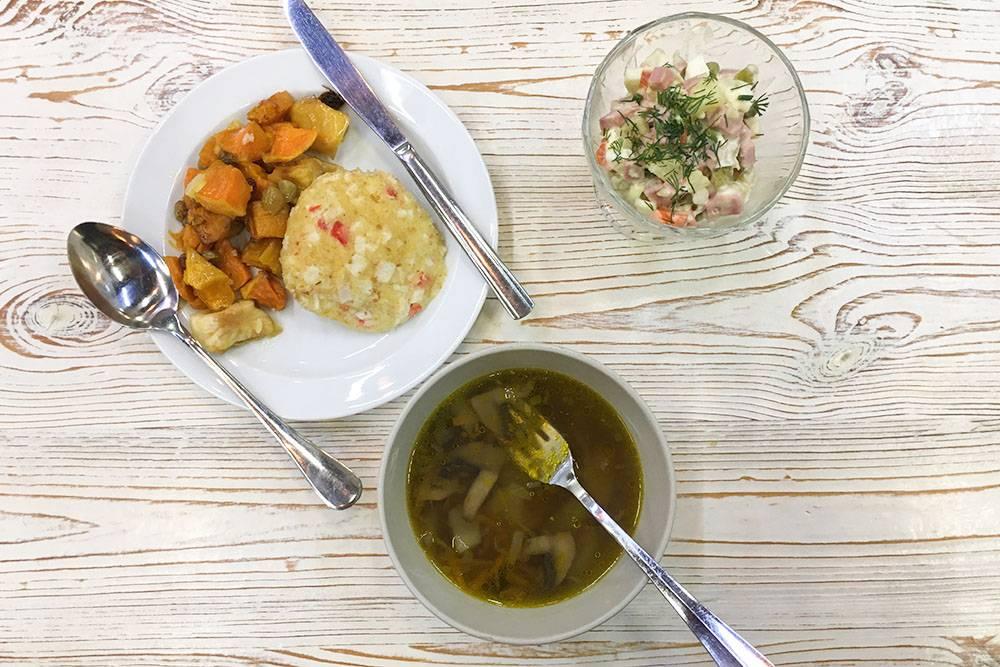 Мой обед из трех блюд и гарнира-десерта