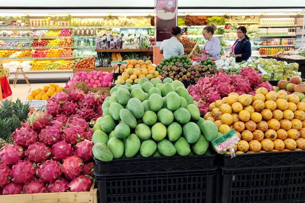 В магазинах цены часто пишут не за кг, а за 100 г