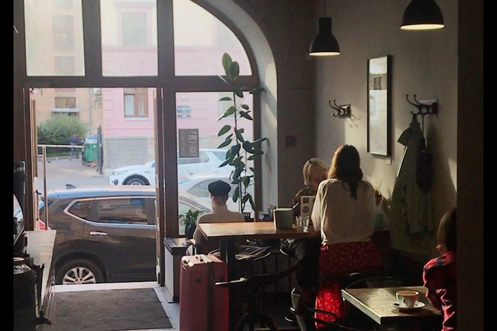 Люблю Mad Espresso Team заогромные окна