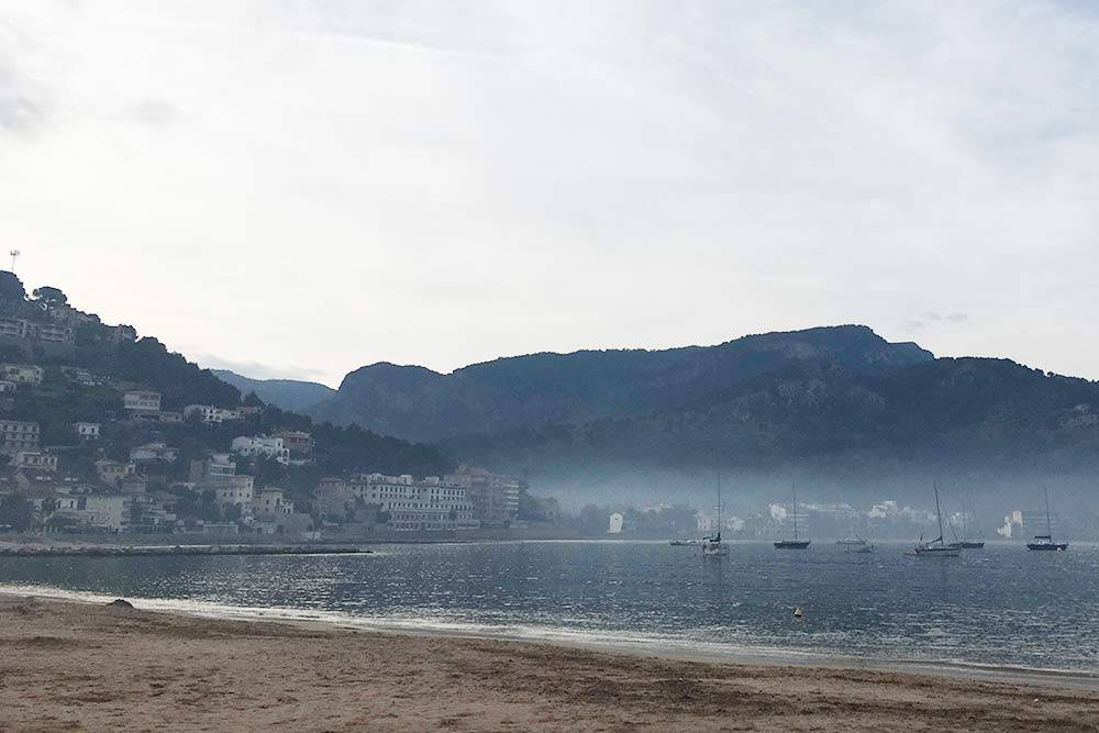 Туман надбухтой Порт-де-Сойер